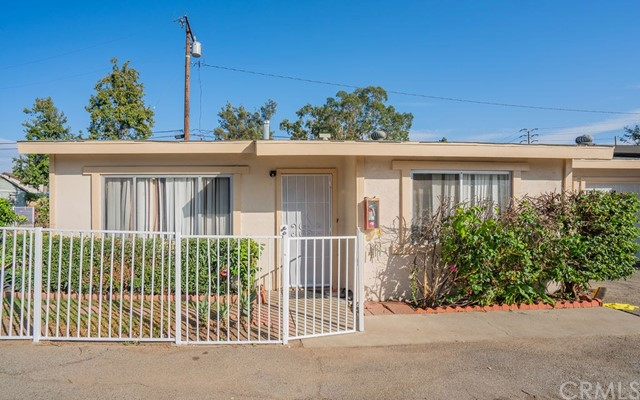 Detail Gallery Image 1 of 23 For 902 E Deodar St, Ontario,  CA 91764 - – Beds | – Baths
