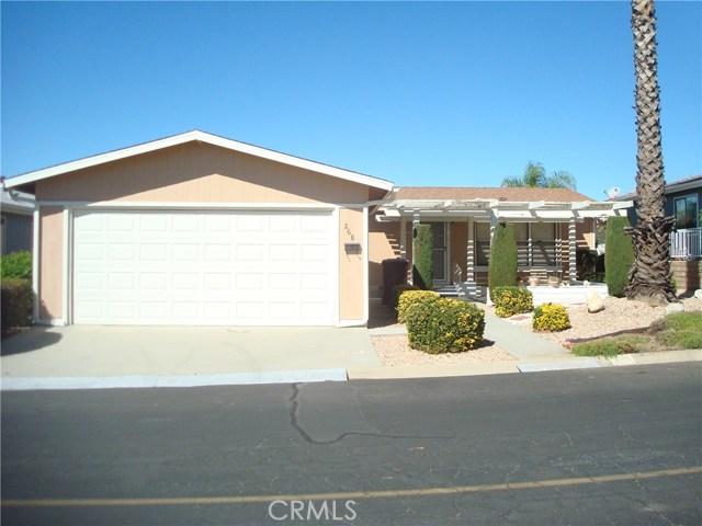 3800 W Wilson Street, Banning CA: http://media.crmls.org/medias/b6d89595-f64d-47ce-8fd7-0107f567213e.jpg