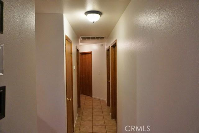1710 Jefferson Avenue, Madera CA: http://media.crmls.org/medias/b6dd3a03-4c3f-4b4f-9986-de79794b7c38.jpg