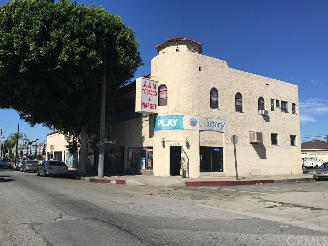 零售 为 销售 在 10627 Garvey Avenue El Monte, 91733 美国