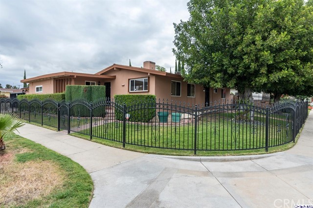 Single Family Home for Sale at 13457 Ratner Street Panorama City, California 91402 United States