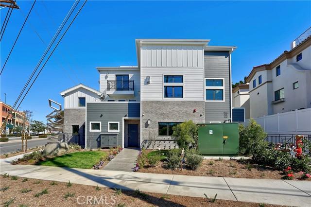 534 Elena Avenue, Redondo Beach, California 90277, 4 Bedrooms Bedrooms, ,4 BathroomsBathrooms,Townhouse,For Sale,Elena,SB21015851