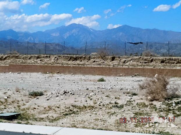 0 Bald Eagle Lane, Desert Hot Springs CA: http://media.crmls.org/medias/b7183574-c0f4-4731-b564-17a5a5e2d7bb.jpg