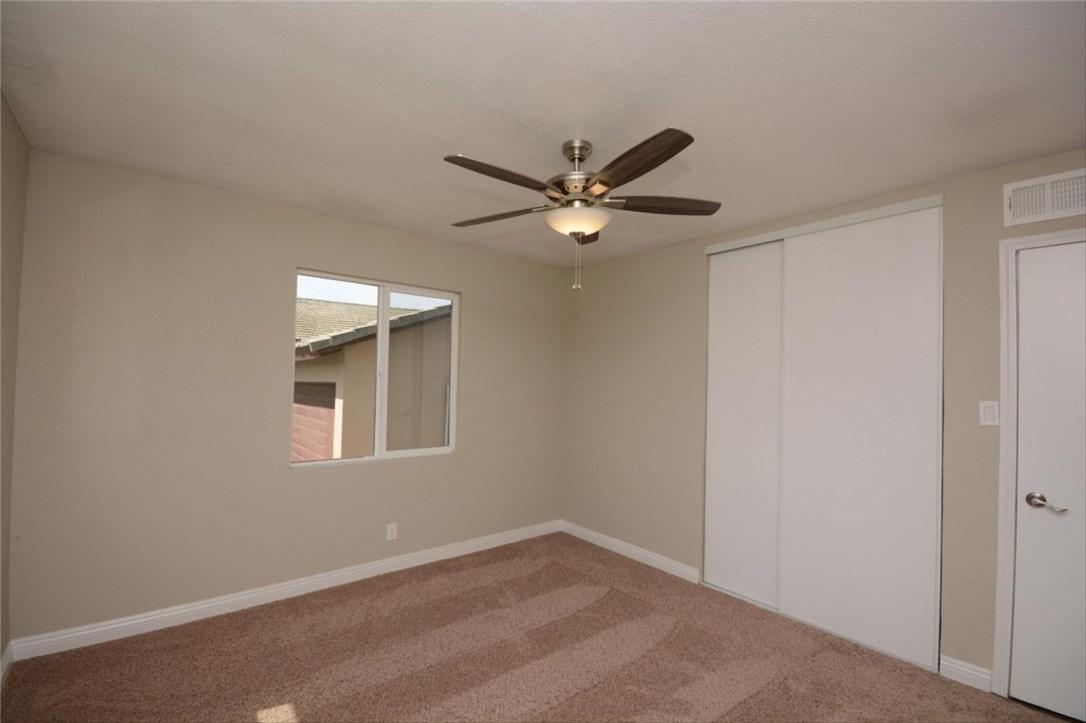 7106 Osbun Road, San Bernardino CA: http://media.crmls.org/medias/b7210f3e-18cd-457d-b982-eb61c1a09010.jpg