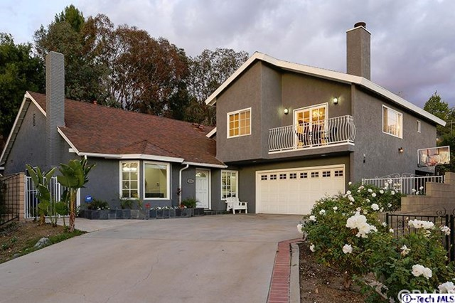 Single Family Home for Sale at 3216 N Frederic Street 3216 N Frederic Street Burbank, California 91504 United States