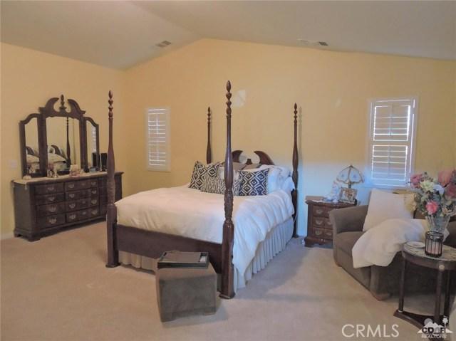 57130 Selecta Avenue, Yucca Valley CA: http://media.crmls.org/medias/b74d3587-721f-4264-be9a-3bb69fa886ad.jpg