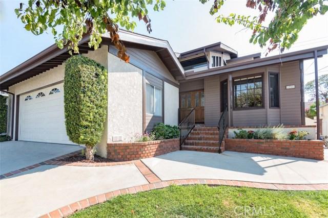2706 Loftyview Drive, Torrance CA: http://media.crmls.org/medias/b74daad5-7fa7-4d3b-ae46-714474962a19.jpg