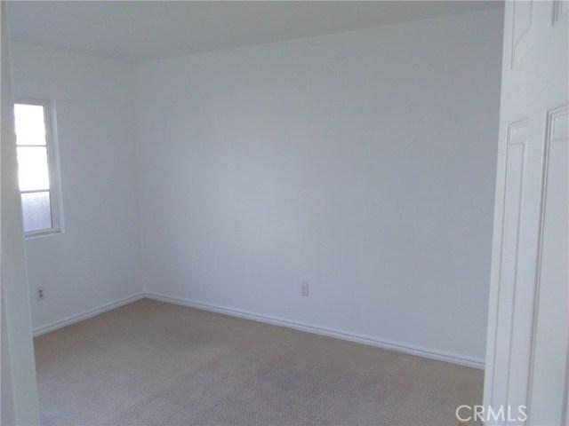 2033 W 10th Street Santa Ana, CA 92703 - MLS #: PW17096110