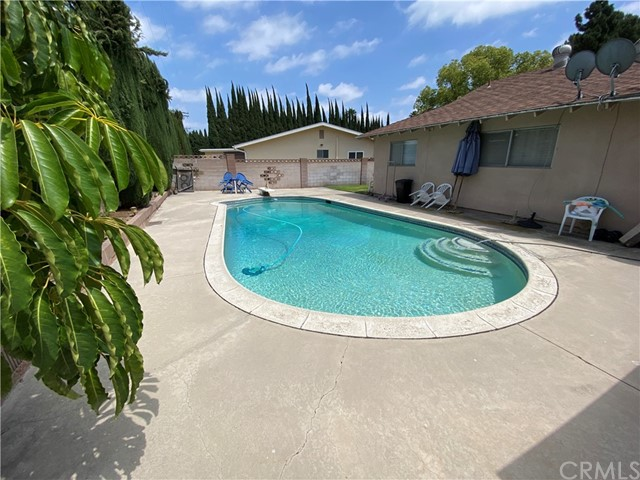 2655 W Sereno Place, Anaheim CA: http://media.crmls.org/medias/b7850301-4fd5-4b53-83c1-c02f45d871eb.jpg