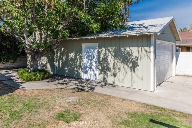 380 W 29th Street, San Bernardino CA: http://media.crmls.org/medias/b79cb3cf-7a43-4cef-9ee5-50d415cfcf91.jpg