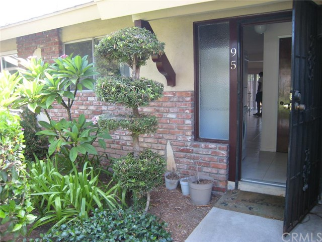 Condominium for Sale at 1921 Sherry St # 95 Santa Ana, California 92705 United States