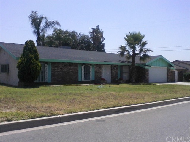 1953 N Oakdale Avenue Rialto, CA 92376 is listed for sale as MLS Listing PW17128113