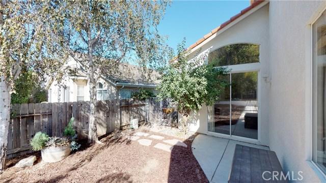997 Goldenrod Lane, San Luis Obispo CA: http://media.crmls.org/medias/b7dcb2f1-ec7f-41d2-a144-3392212b10ea.jpg