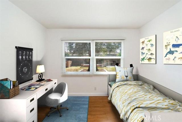 23100 Strathern Street, West Hills CA: http://media.crmls.org/medias/b7e34696-73fa-4fa3-9360-52f76bedac34.jpg
