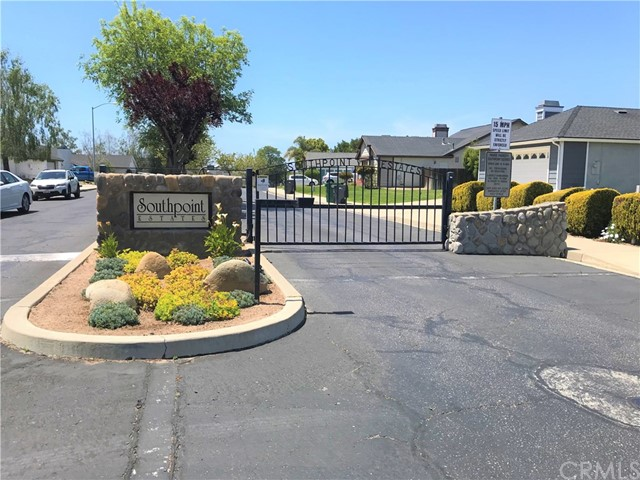 349 Wilson Drive, Santa Maria CA: http://media.crmls.org/medias/b7e3eb13-1293-4982-96fb-ee7e6a2576fc.jpg