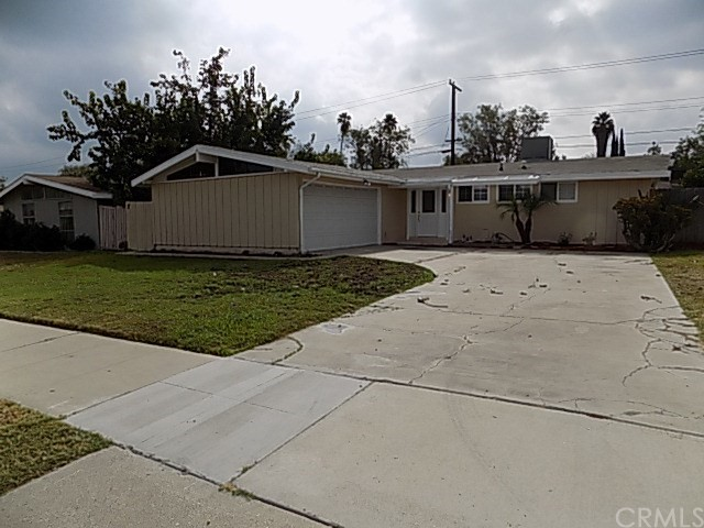 8988 Indiana Avenue, Riverside, CA, 92503