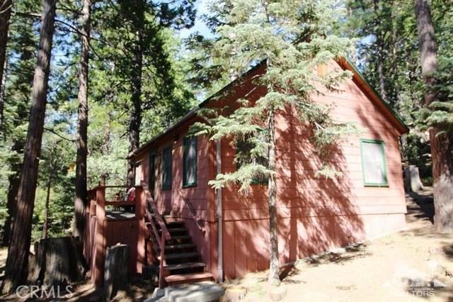 52761 Pine Ridge Road, Idyllwild CA: http://media.crmls.org/medias/b8020b4f-16bc-4ce3-8d13-f39ad9cb5ad5.jpg