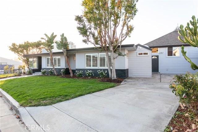 Photo of 325 Holmwood Drive, Newport Beach, CA 92663