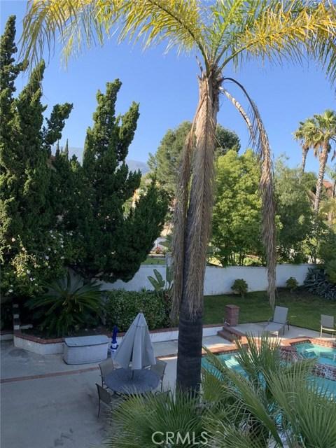 6225 Sunnyhills Place, Rancho Cucamonga CA: http://media.crmls.org/medias/b8163450-188d-4f8a-aaea-73fade3e5bfe.jpg