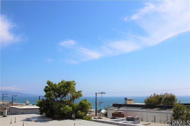 2905 N Alma Ave, Manhattan Beach, CA 90266 photo 5