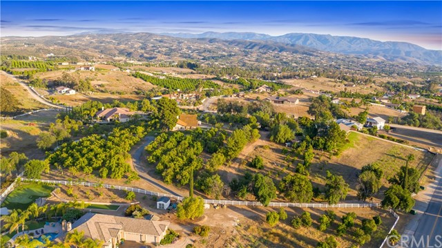 38060 Mesa Rd, Temecula, CA 92592 Photo 22