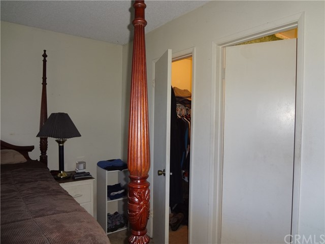809 E Alvin Avenue, Santa Maria CA: http://media.crmls.org/medias/b8341a90-6678-47a7-8992-0f5d285ce5e0.jpg