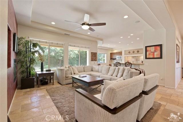121 Brenna Lane, Palm Desert CA: http://media.crmls.org/medias/b837cd02-50f8-4fc9-9709-1d6ddf8a93b5.jpg
