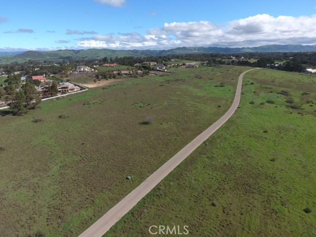6 Westhampton, Arroyo Grande CA: http://media.crmls.org/medias/b840c242-85bf-42f4-a750-2be648110cd0.jpg