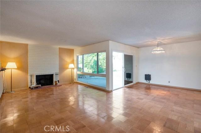 5850 Finecrest Drive, Rancho Palos Verdes CA: http://media.crmls.org/medias/b842324e-cc15-4c05-b35d-dfe87e25b90b.jpg