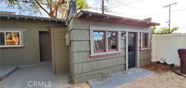 206 W 18th Street, Santa Ana CA: http://media.crmls.org/medias/b844a8c9-35bc-4c04-8230-c0f8f110aeb4.jpg