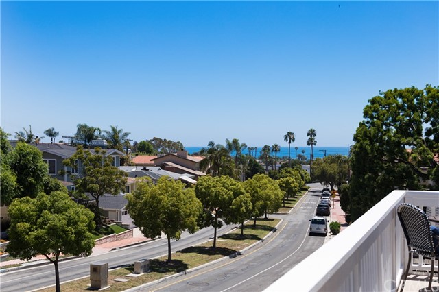 110 W Avenida Valencia San Clemente, CA 92672 - MLS #: OC17136783