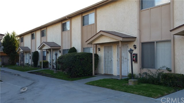 15927   Santa Ana Avenue , BELLFLOWER