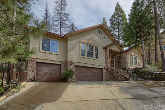 53890 Dogwood Creek Drive, Bass Lake CA: http://media.crmls.org/medias/b86f1f30-a47b-4262-a2ea-fe1d88b6a78e.jpg