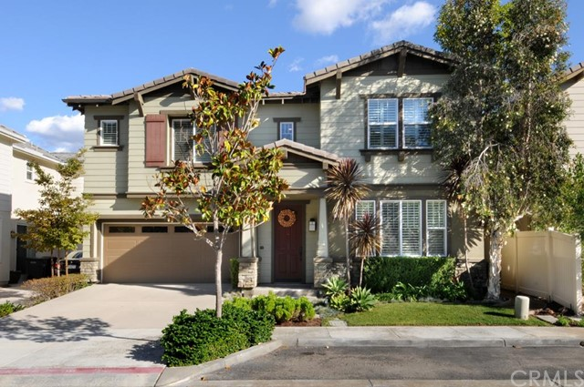 Single Family Home for Sale at 116 Summit Pointe St Lake Forest, California 92630 United States