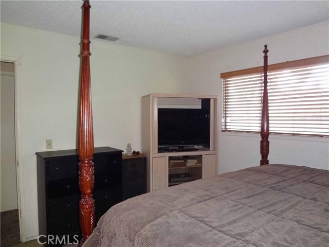 809 E Alvin Avenue, Santa Maria CA: http://media.crmls.org/medias/b87dc574-a1ef-41c2-8506-d7aae650a83a.jpg