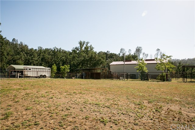 6105 Gage Irving Road Paso Robles, CA 93446 - MLS #: NS17103626
