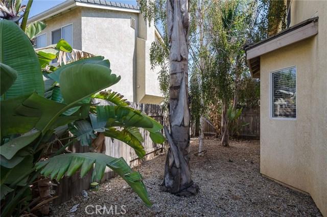 905 Sloan, Santa Maria CA: http://media.crmls.org/medias/b88c6ddc-b34d-4d95-a27a-86162e994e97.jpg