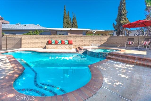 3434 W Glen Holly Dr, Anaheim, CA 92804 Photo 2