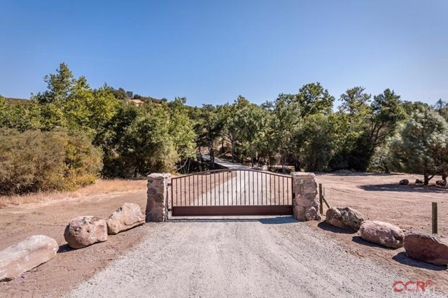 Property for sale at 8781 Tassajara Creek Road, Santa Margarita,  CA 93453