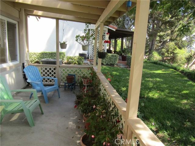 28032 Via Bonalde, Mission Viejo CA: http://media.crmls.org/medias/b891c41b-f368-4644-aa87-38e86a741cc3.jpg