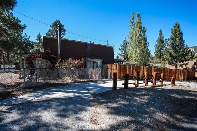 445 Elysian Boulevard, Big Bear CA: http://media.crmls.org/medias/b8976615-d533-4ef2-9432-9f92d67056d3.jpg