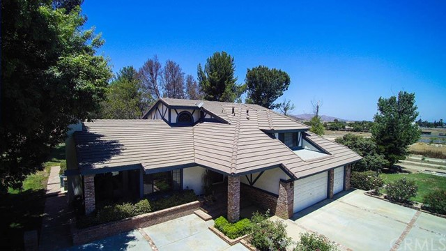 31755 Country Haven Lane Menifee, CA 92584 is listed for sale as MLS Listing SW16148249