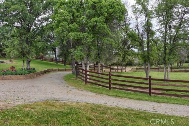31434 Wyle Ranch Road, North Fork CA: http://media.crmls.org/medias/b8b9cb15-b713-4d17-bf5e-3c21e8604666.jpg