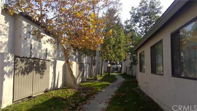 373 N Via Trieste, Anaheim, CA 92806 Photo 15