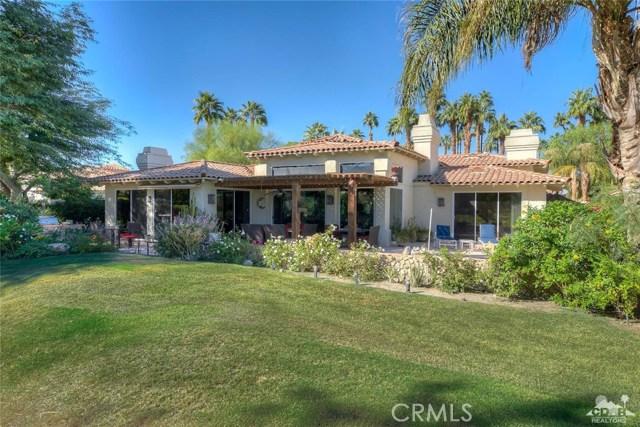 54015 Southern Hills, La Quinta CA: http://media.crmls.org/medias/b8bfdc4c-e2be-43e9-9afe-76b7d867d1fd.jpg