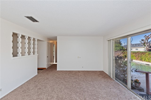 4261 W Flower Avenue, Fullerton CA: http://media.crmls.org/medias/b8c06521-ec01-40f0-9bbf-449bc6dc366c.jpg