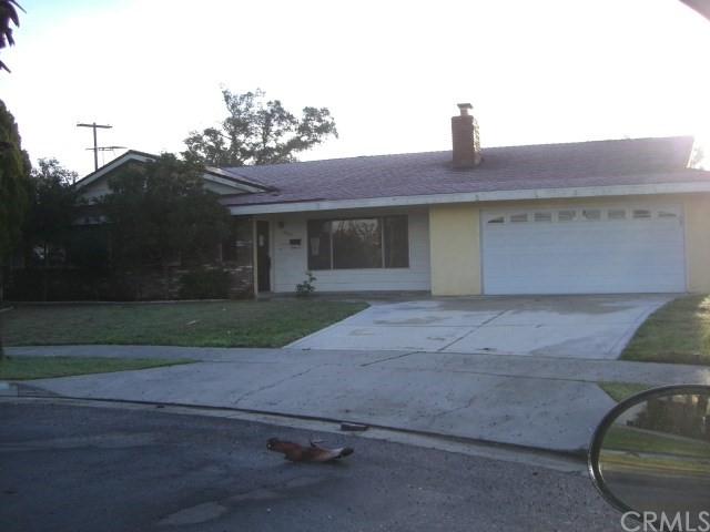 Single Family Home for Sale at 4933 Carlingford Avenue Riverside, California 92504 United States