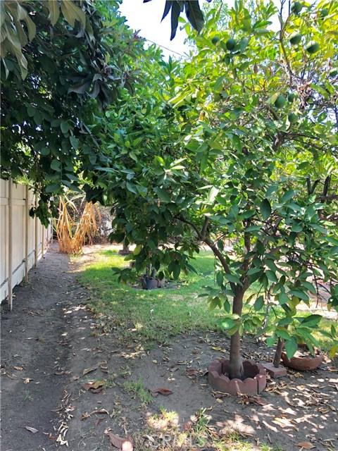 13333 Earl Avenue, Baldwin Park CA: http://media.crmls.org/medias/b8e5d5d7-2982-45c0-bd6f-7ff9728514ae.jpg