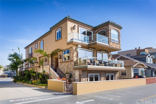 22 The Strand, Hermosa Beach CA 90254