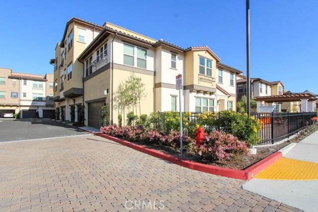 3830 W KENT Avenue, Santa Ana CA: http://media.crmls.org/medias/b8f023a1-d9e6-403e-b790-aa9ea07ba749.jpg